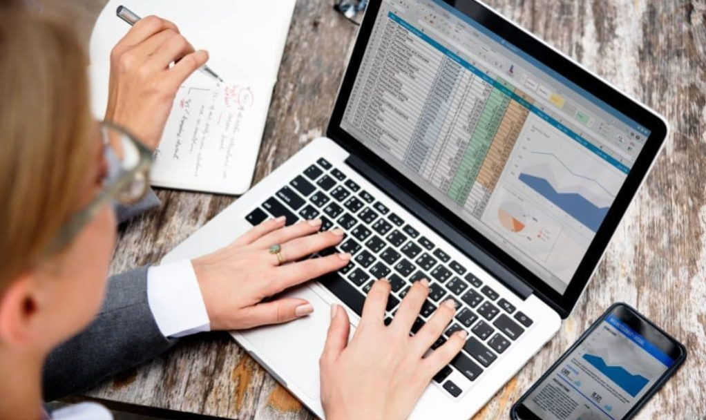 e-business-place-de-marche